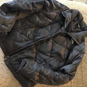 The North Face 550 down black puffer jacket
